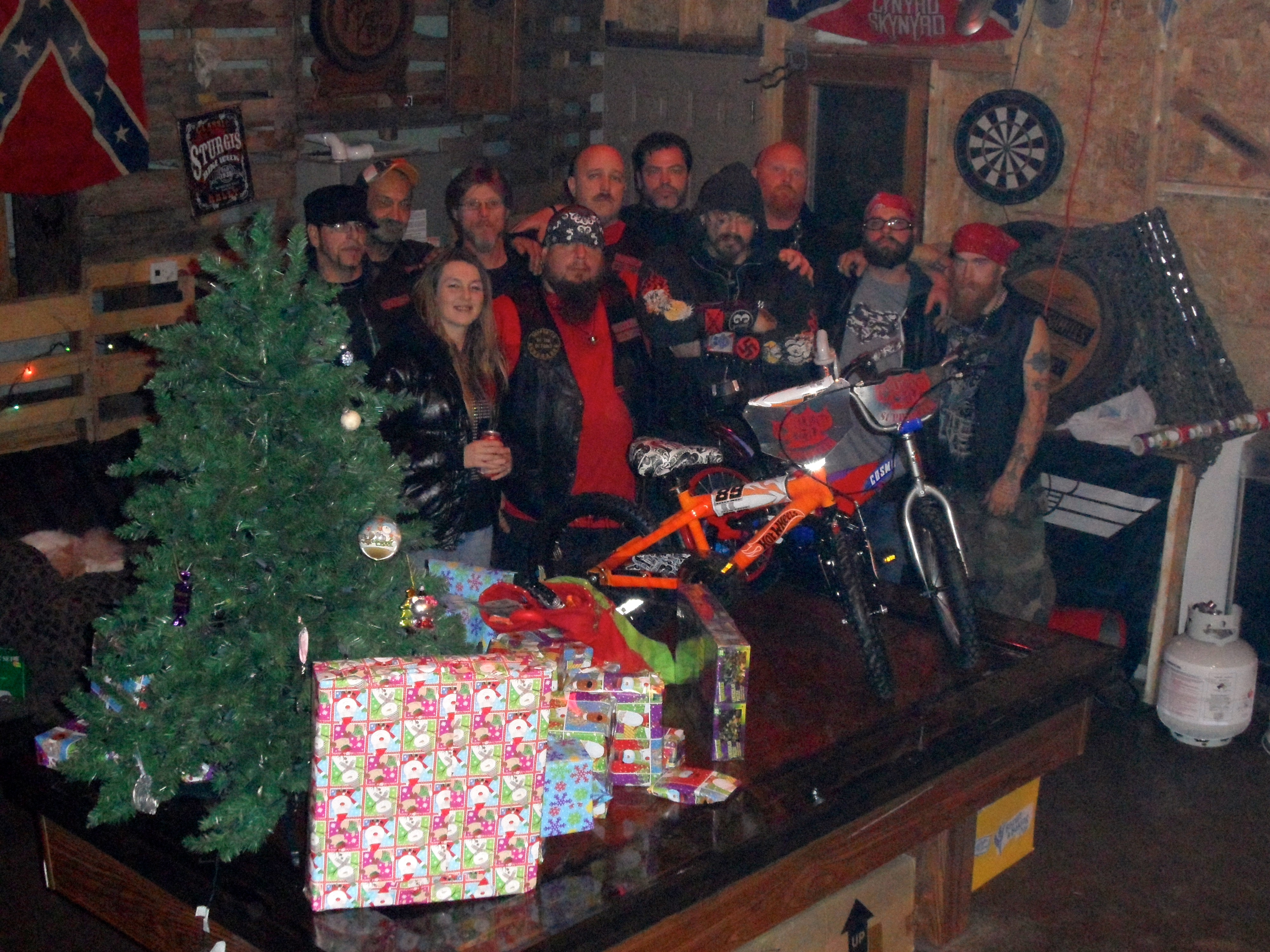 Motorcycle group brings Christmas joy to family | The Spinal Column